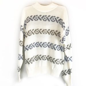 Vintage cream sweater from RRRRruss!